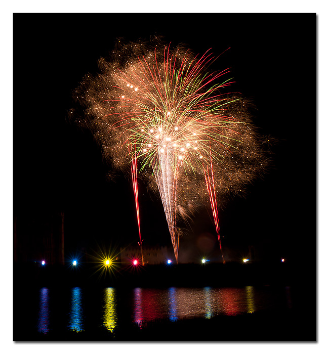 More fireworks at Leeds Castle - More fireworks at Leeds Castle